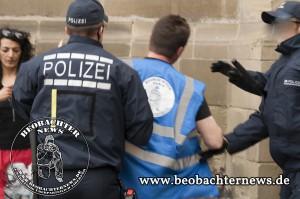 Sie mögen uns nicht, die Herrschaften der Polizei. An was das wohl liegt?