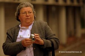 Edda Schmidt (NPD) im Einsatz