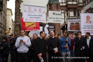 2015-04-10-Piusbruderschaft-Gegenemo-Freiburg-49_1600x1067