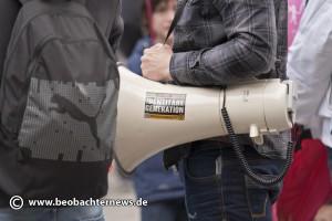 """Identitäre bei der """"Demo für alle"""" am 21. Juni 2015 in Stuttgart"""