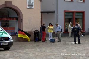 Erste Pegida-Demonstranten treffen ein