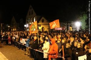 Herxheim zeigt Flagge gegen Rechts