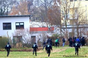 Polizei verfolgt NazigegnerInnen
