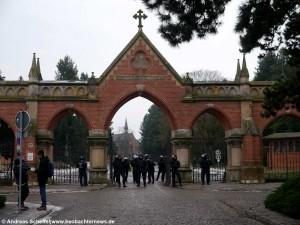 Eingang zum Westfriedhof