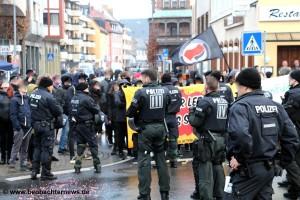 Antifaschistischer Protest im Kreisel