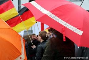 Der 'Contra Lügenpresse' Schirm von Schüßler
