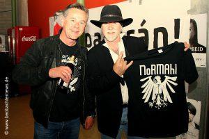 Lars Besa (links) und Tony Martin von Black Sabbath