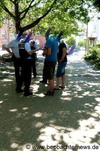 polizeibeamte-bei-der-arbeit