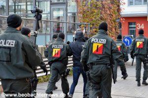 Festnahme eines Antifaschisten